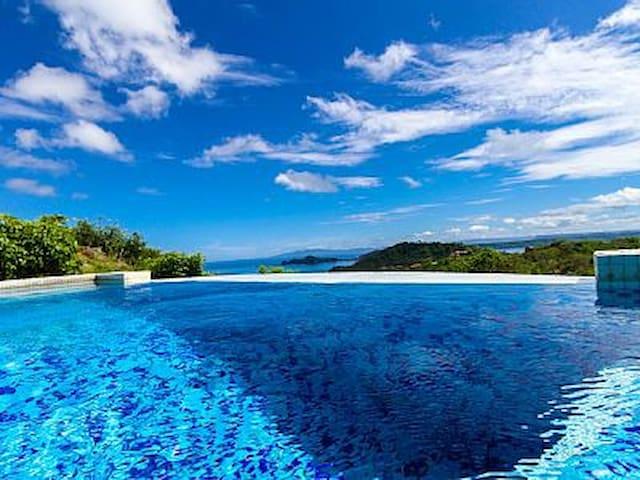 Casa Tropical - Playa Hermosa