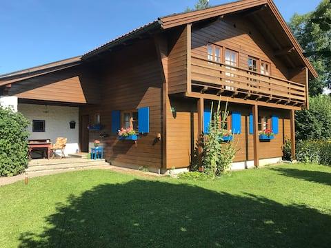 Alpine house in the Neuschwanstein area with Sauna
