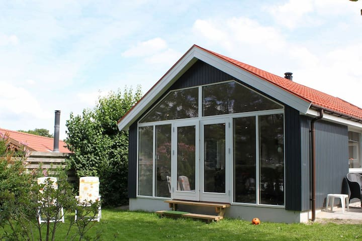 Quaint Holiday Home in Esbjerg with Sea Nearby