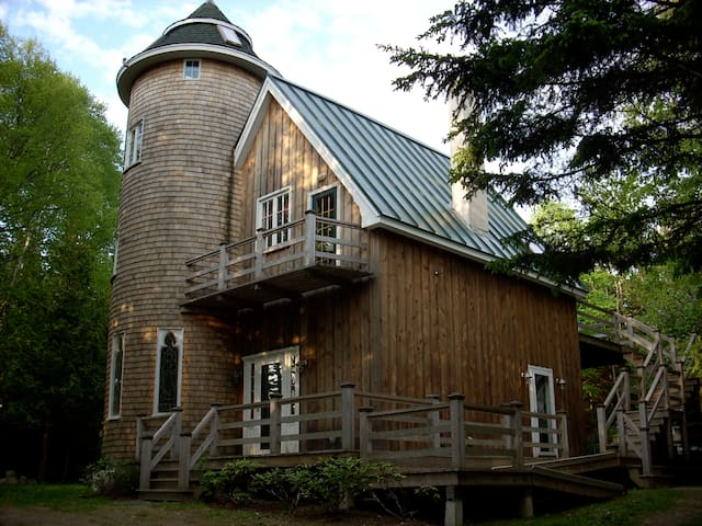 The Abbey:  Upstairs Apartment - Islesboro - Daire