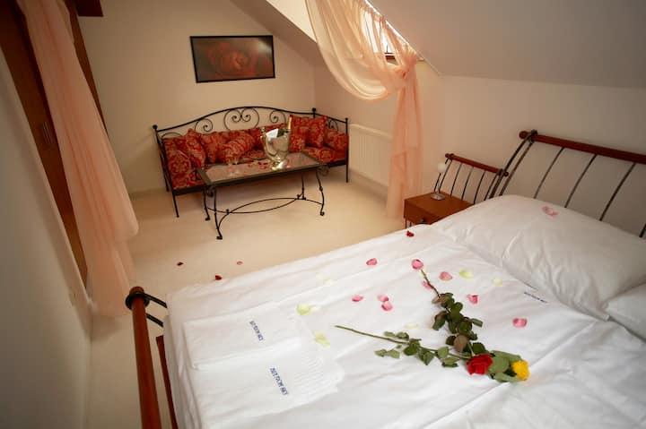 Romance & Luxury Pension Konopiště