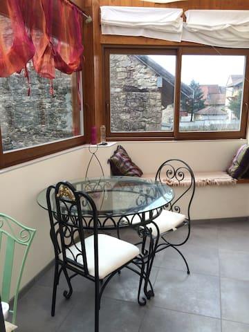 Jolie maison en pierre au calme, Bugey- CNPE-UFPI