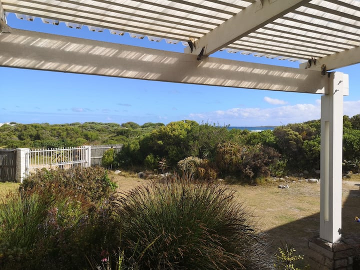 Silversands Beachfront Self-catering Apartment