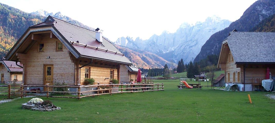"""Alpi Giulie Chalet Resort - """"Antiche Atmosfere"""""""