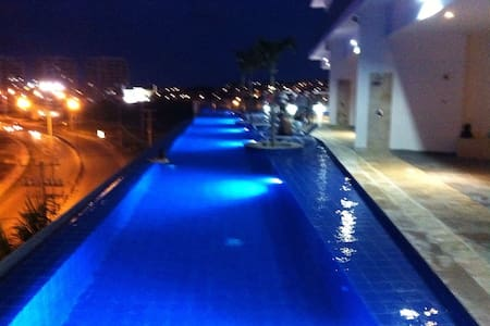 amazing 2 bedroom seafront with sauna pool and gym - Cartagena - Appartement