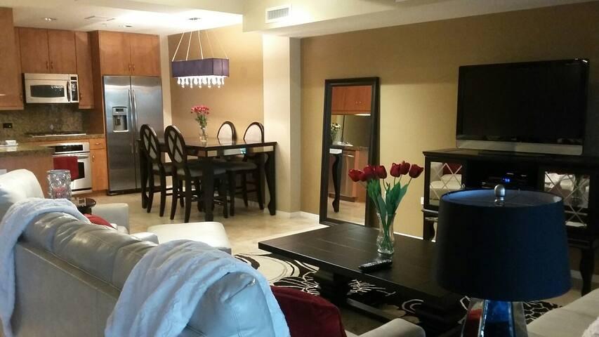 Stunning Scottsdale Executive Retreat - Scottsdale - Appartement en résidence