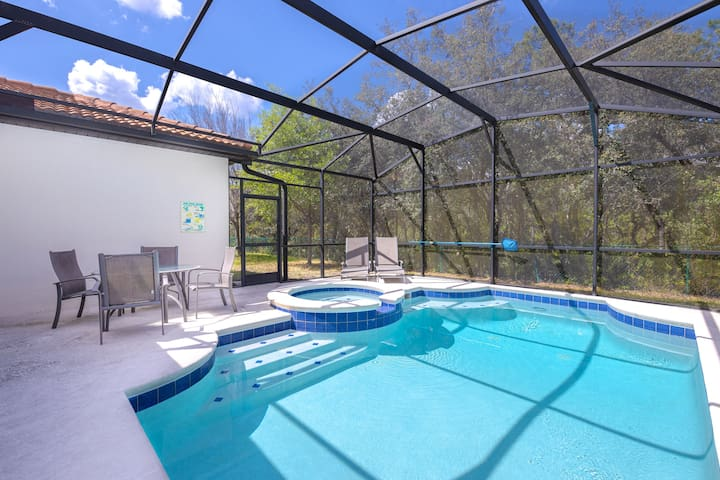 Newly Remodeled 1 story - 5 Bed 5 Bath with Pvt Pool Spa And Game Room