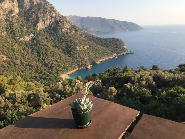 MAMMA's House - Spectacular view up in Kabak Bay
