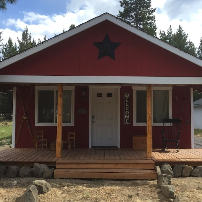 Homes For Rent: Crescent Cabin By Lakes & Rivers