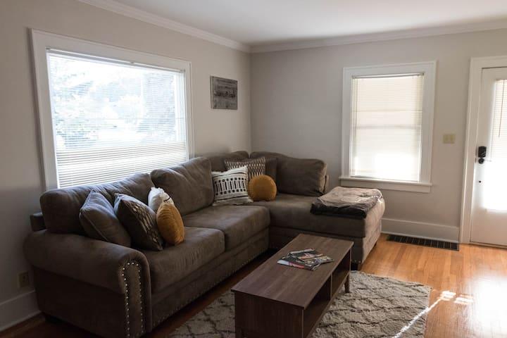 Living room, upstairs