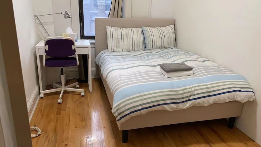 Sunshine room in UWS, close to Columbia University