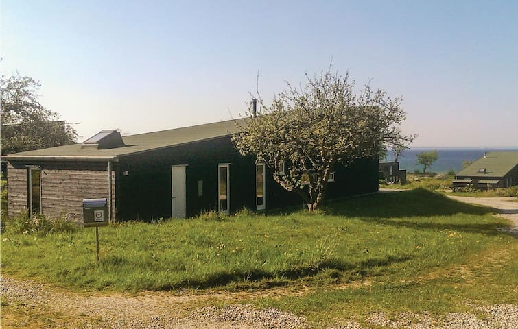 Holiday cottage with 3 bedrooms on 152 m² in Asperup