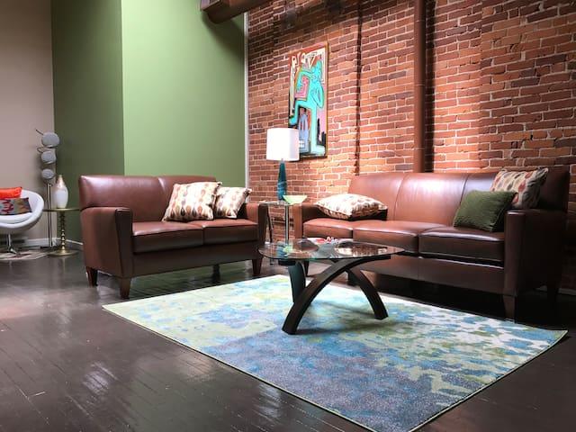 510 Studios Loft West