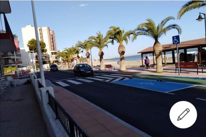 Habitacion a 20 Metros de la Playa.