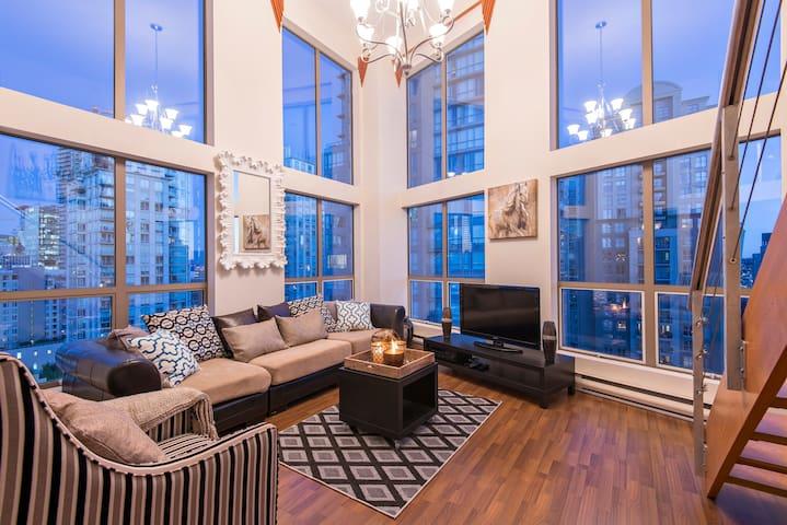 Downtown 2-Level Luxury Loft - Vancouver - Loftlakás