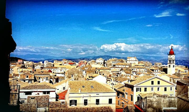 Getaway for 2+1 in Corfu Historical Centre