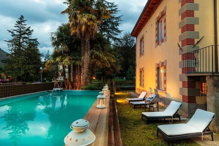 VILLA CONTESSA with Private Pool in BAGNI DI LUCCA