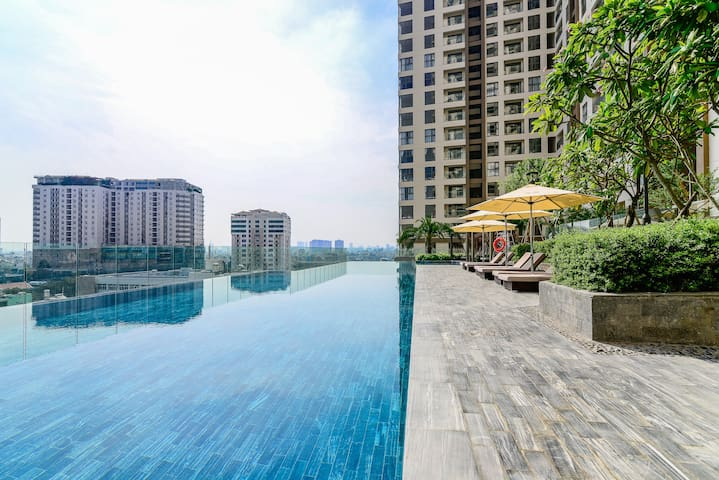Luxury Home ⭐ Infinity Pool w City View + GYM