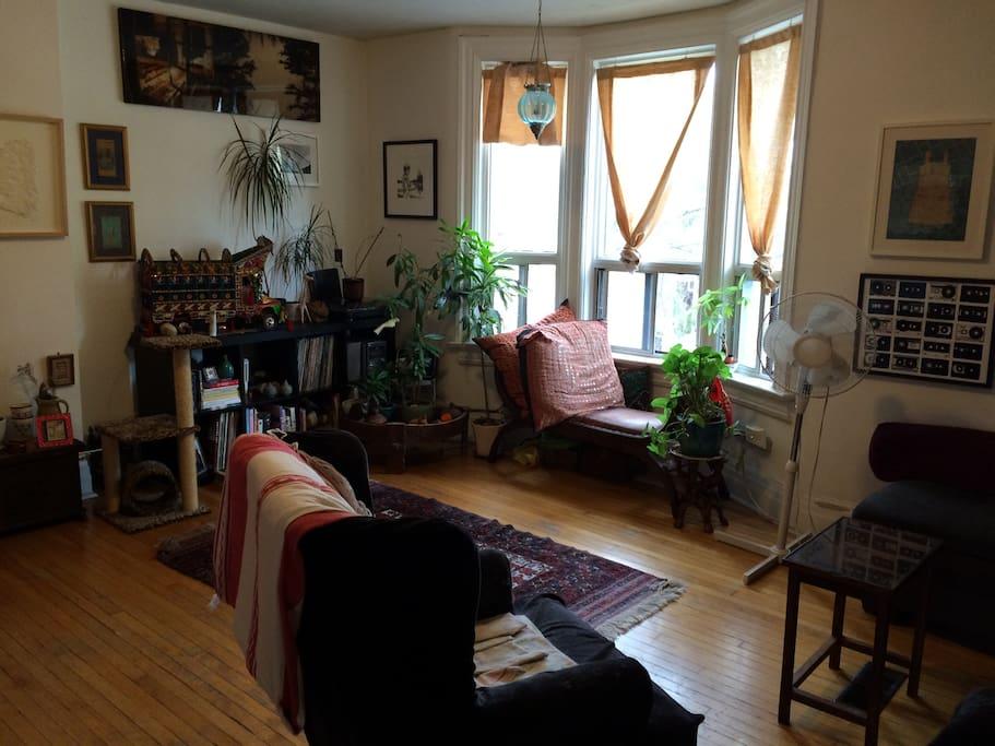 My sunny livingroom