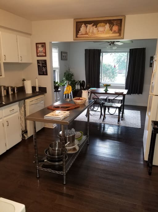 From the kitchen to the dining room
