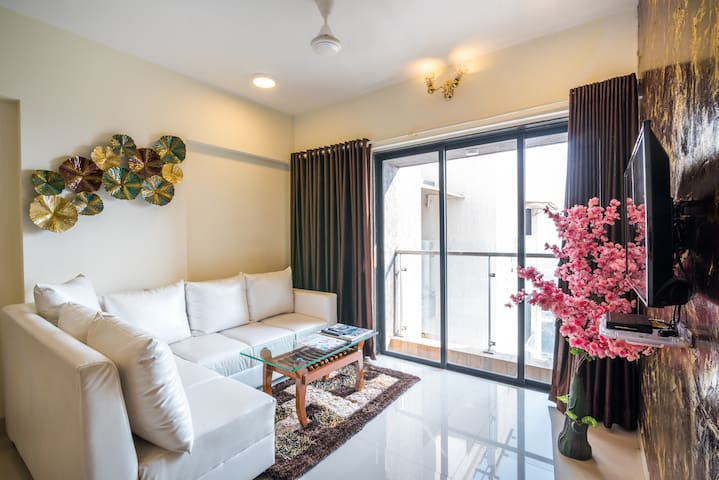2 Bedroom with Speculator view