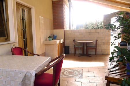 ZO3 Peace & Quiet, 1 Bedrm, Own Terrace with Grill - Portorož