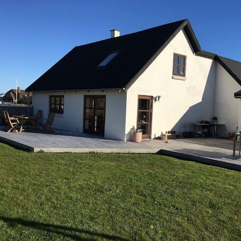 Charmerende og hyggeligt fiskerhus - Thisted - Talo