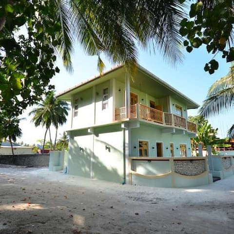 Athiri inn , Beach Residence