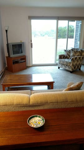 Resort Style Studio Condominium W/Pool, Wifi & A/C - North Truro