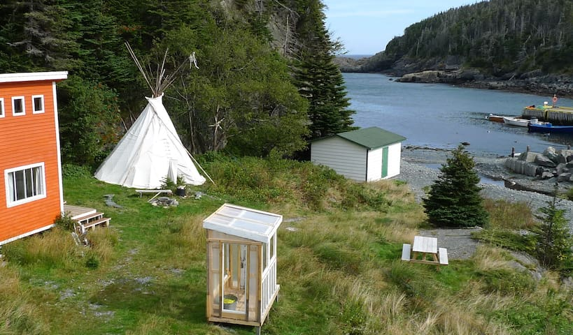 EAST COAST NEWFOUNDLAND TEEPEE ON THE BEACH