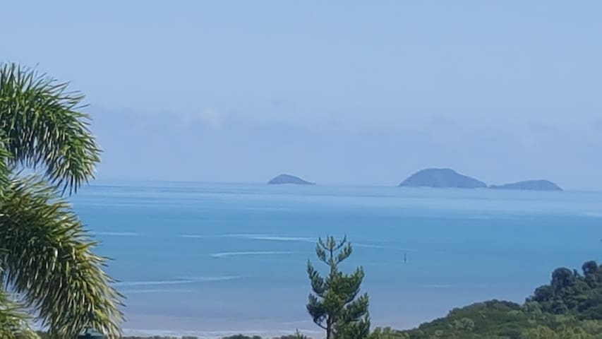 Airlie & Whitsunday Panoramic Views S/C Unit-WiFi