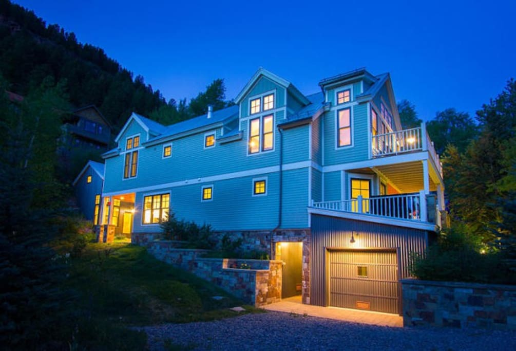 West Galena - 4 BR,  4.5 BA, Sleeps 8