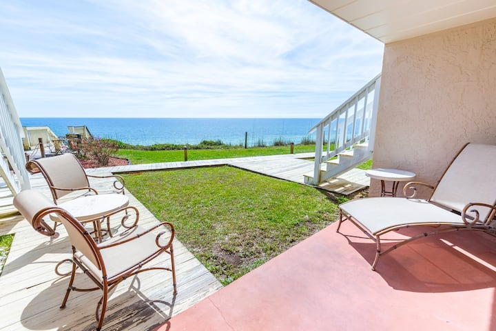 BeachFRONT⭐Small Complex + Pool⭐Updated⭐BEACH SVC⭐2X Disinfected⭐Blue Tide 5A