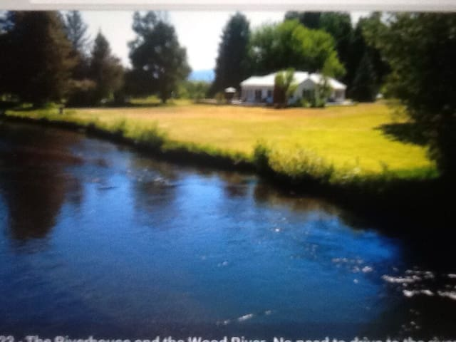 The Riverhouse on the Wood River - Fort Klamath - Talo