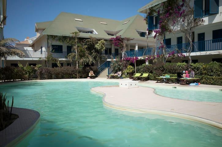 Leme Bedje luxury T2 apt in beach front complex