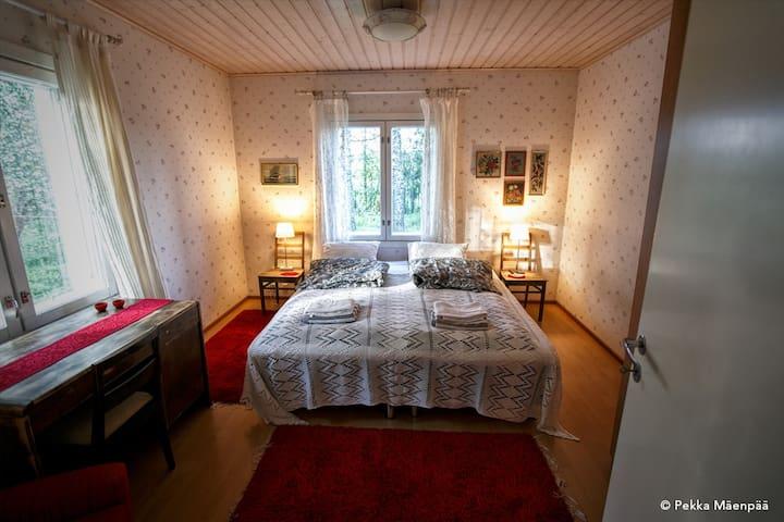Villa Ullakko - vuokramummola, ihana talo maalla