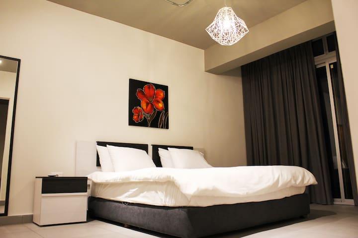Luxurious Single Bedroom Apt 701 at Makhoul 310