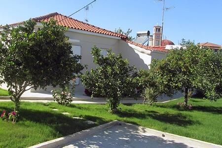 GREECE - PELOPONNESE HOUSE NEAR SEA - Vartholomio - House