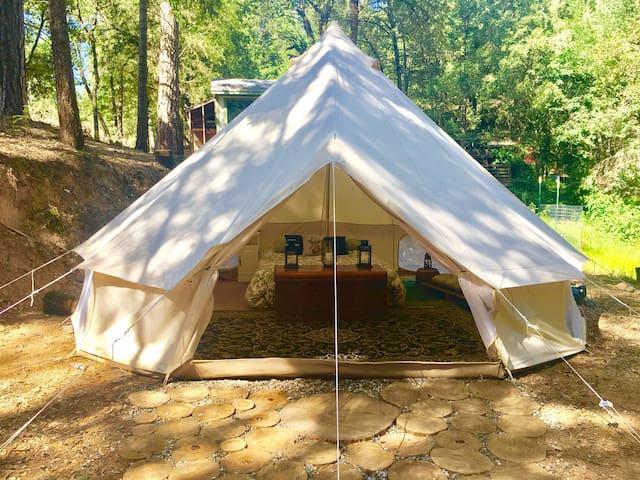 Lantern Creek Glamping Tent with Bath House
