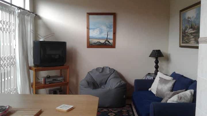 Fully equipped 2 bed roomed flat.