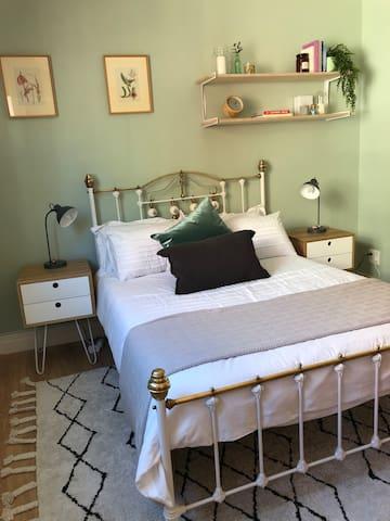 Main Bedroom, double bed, sleeps two