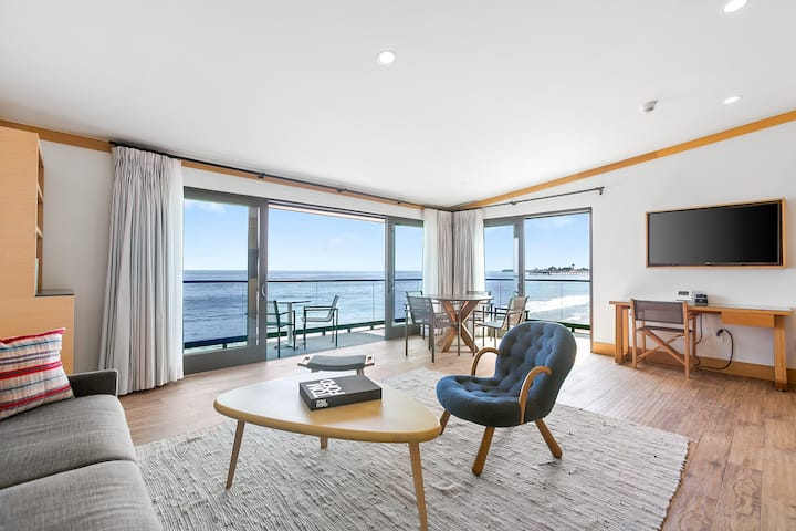The Perfect Suite on Carbon Beach | Oceanfront