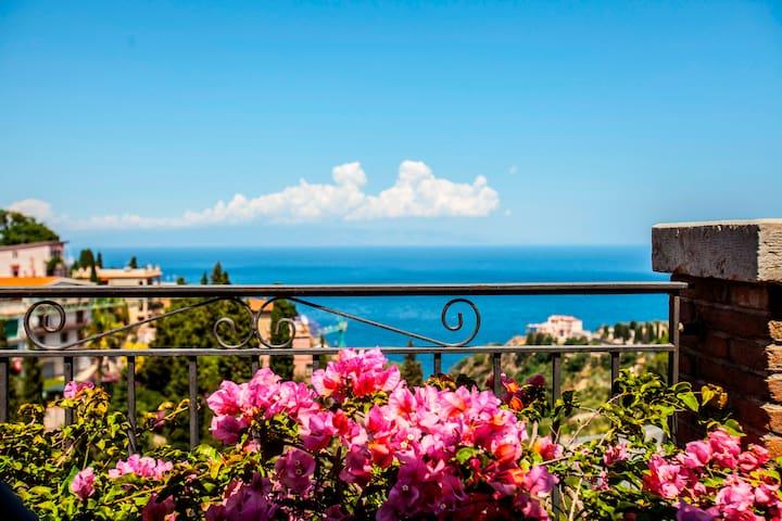 TaoBlue House - Taormina - Casa