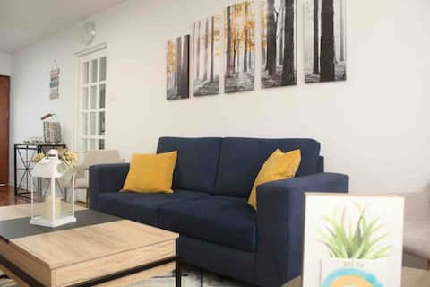 Lovely 3-bedroom apartment 15 min from airport