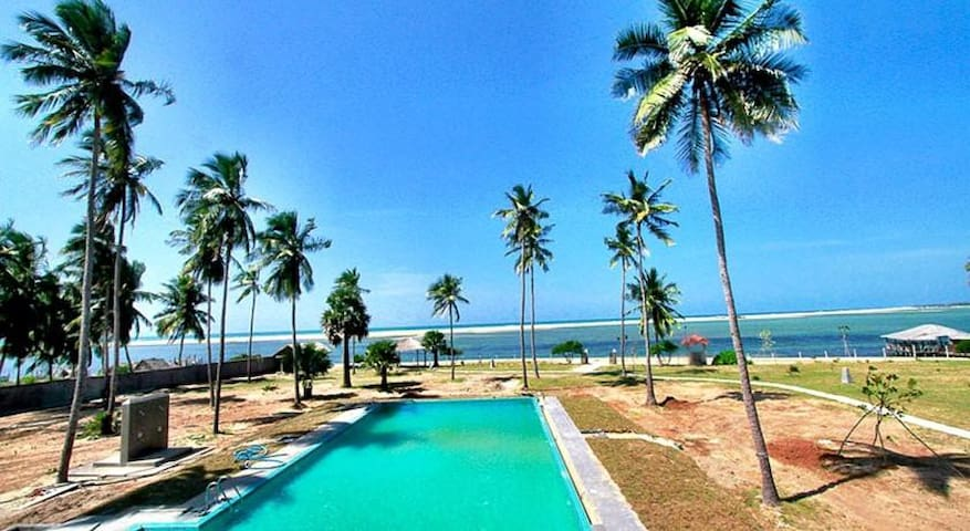 11 Bedroom Boutique Lagoon Resort With Pool - Kalpitiya - Apartment