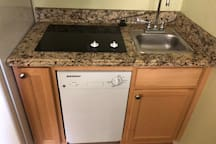 Mini Kitchen, Sink, Dishwasher, Cook Top