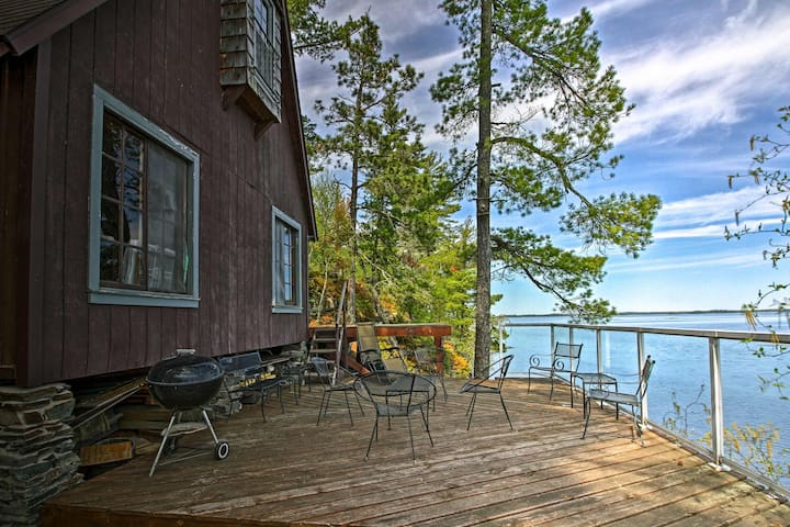 NEW! Cozy Stop Island Cabin w/Boat Dock & Beach!
