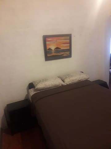 La Casa de Laurita 1b , Barrio Oro Negro, Ancón