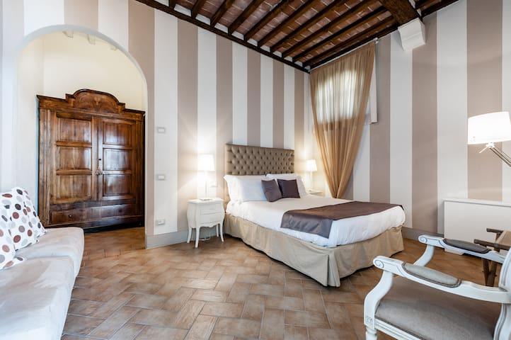 Cosy apartment at Poggio al Casone - CRESPINA - Departamento