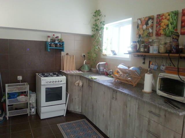 idit pitkovsky - Ramat Gan - Huis